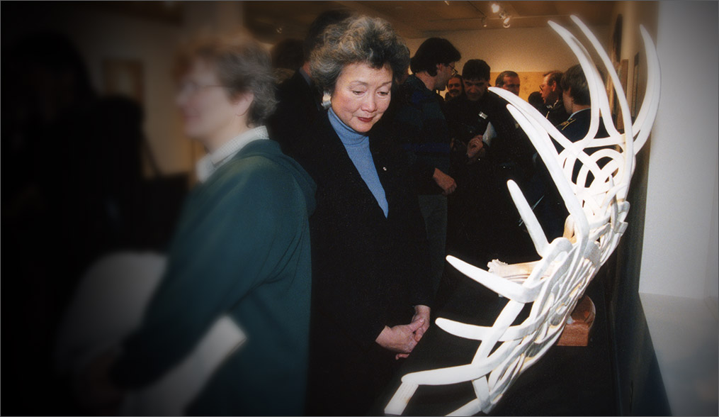 Canada's Governor General, Adriene Clarkson, views Celtic Confusion at the Odd Gallery Grand Opening, 2000