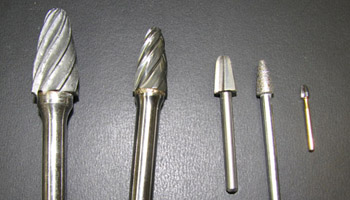 A variety of 'tree' shaped burrs of various diameters